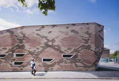 Boa+Canteen+/+D'HOUNDT+BAJART+Architects+&+Associates