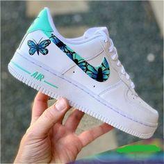 Jordan Shoes Girls, Girls Shoes, Boy Shoes, Sneakers Fashion, Shoes Sneakers, Custom Sneakers, Nike Custom Shoes, Custom Made Shoes, Suede Shoes