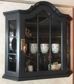 Diy Furniture Making, Paint Furniture, Country Farmhouse Decor, Bohemian Decor, China Cabinet, Sweet Home, House Design, Interior Design, Antiques