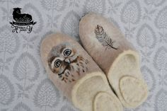 Felted slippers Owl plumelet Eco friendly hand made