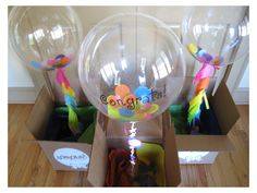 I love this idea from Bonjour Balloon