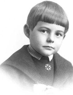 Ernest Hemingway, Via OakPark.com