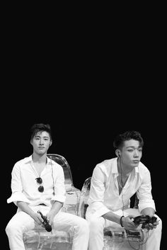 Image shared by Got Yoongi? Find images and videos about Ikon, bobby and bi on We Heart It - the app to get lost in what you love. K Pop, Ikon Kpop, Ikon Debut, Ikon Wallpaper, Double B, Kim Hanbin, Best Rapper, Fujoshi, Yg Entertainment