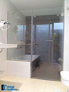 Mampara bañera y ducha templada.Tenerife