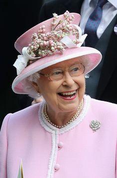 Queen Elizabeth II Photos Photos - Royal Ascot - Day 2 - Zimbio