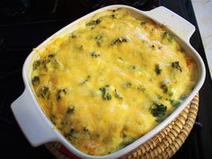 Cheesy Broccoli Casserole (Medifast) For those on Medifast, the entire dish is 2 complete lean and green meals. However, I like to use this as a side dish. I'd recommend cutting the casserole into 6 pieces and pairing it with a lean a… Medifast Recipes, Diet Recipes, Vegetarian Recipes, Cooking Recipes, Healthy Recipes, Recipies, Healthy Meals, Healthy Options, Healthy Cooking