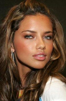Google Image Result for http://www.beutifulmagazine.com/wp-content/uploads/2011/11/adriana_lima.jpg