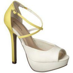 Fun summer shoe