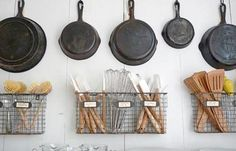 5 Must-Know Tips for Cooking with a Cast Iron Skillet | Homesteading Recipes | Cooking on the Homestead Ideas and Tips at pioneersettler.com