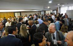 Coffee-break - Momento de interação entre os participantes.