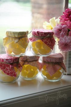 (via Pen N Paperflowers: {lemonade  sunshine party} party day)
