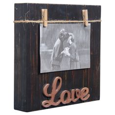 Show off a cherished memory with the Danya B Love Wood Block 4 x 6 Picture Frame . This picture frame is crafted from wood and sisal. Scrap Wood Crafts, Diy Wooden Projects, Wood Block Crafts, Rustic Crafts, Frame Crafts, Wood Blocks, Wooden Diy, Barn Wood Signs, Painted Wood Signs