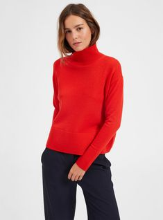 THE FASHION FILES: A LITTLE BIT OF RED