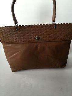 Bottega Veneta AUTHENTIC NWT Brown Leather Handbag (ORIGINALLY $1550)…