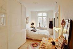 Casinha colorida: Quartos no estilo escandinavo
