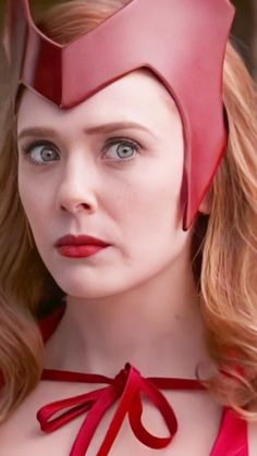 Scarlet Witch Halloween, Scarlet Witch Cosplay, Scarlet Witch Marvel, Marvel Films, Marvel Characters, Marvel Fan, Marvel Avengers, Wanda Marvel, Marvel Background