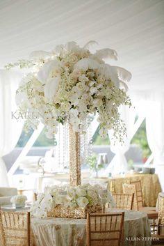 Dorado y blanco, una clásica paleta de colores para decorar una boda. #DecoracionBoda
