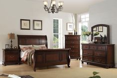 5 pc alician II brown cherry finish wood queen curved back headboard sleigh bed set. This set includes the bed, one nightstand, Dresser, Mirror and chest. Queen bed measures H HB , FB. Wood Platform Bed, Upholstered Platform Bed, Furniture Decor, Bedroom Furniture, Kitchen Furniture, Wood Bedroom Sets, Bedroom Ideas, California King Bedding, Sleigh Beds