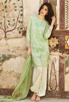 Green designer trouser suit with printed dupatta - Desi Royale
