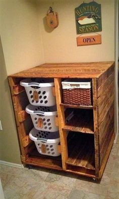 Wäschekorb Kommode mit Regalen (Ashley) What a great way to keep organized! These can be used for many different things and in many different areas of your home. (Laundry baskets included) The one pictured was custom made for a customer pic