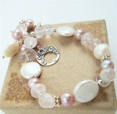 Pink Pearl Bracelet Rose Quartz Jewelry Coin Pearl by JewelryBySS Pearl Jewelry, Quartz Jewelry, Gemstone Jewelry, Beaded Jewelry, Beaded Bracelets, Wire Jewelry, Jewlery, Necklaces, Bridal Bracelet