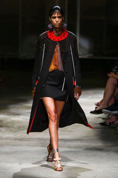 Prada Ready To Wear Spring Summer 2016 Milan - NOWFASHION