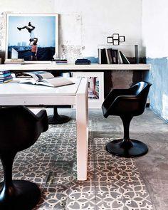 Méchant Design: imperfect floor