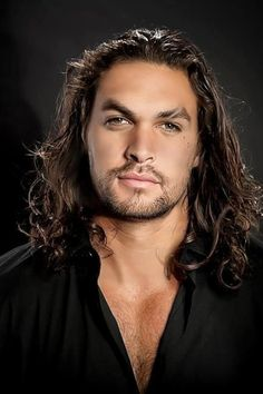 Jason Momoa-the perfect picture of a fallen angel. <<<- Not my words but yes, that's what he reminds me of and it goes with a story that's been at the back of my mind for a while. *sighs* HERE I GO AGAIN! STR