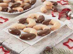 Avec les lectrices reporter de Femme Actuelle, découvrez les recettes de cuisine des internautes : Croissants biscuités à la vanille et au Nutella®