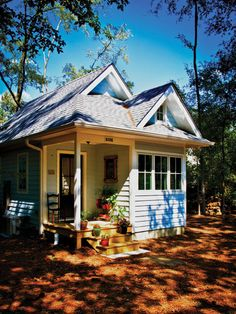 Could I live in an 874 sq ft house? I don't know, but I'd love to try!