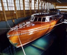 nice wood... i dream of having one of these beautiful boats to cruise around in someday.