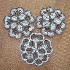 Ravelry: Starburst Hotpad Pattern pattern by Loretta Schepp Connect these to make a poncho...