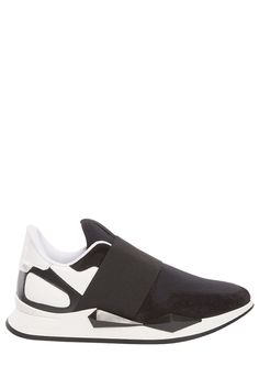 GIVENCHY SNEAKERS. #givenchy #shoes #