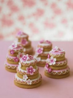 DIY Wedding Cake cookies. Fill with your faovrite jam. Decorate in your wedding colors.