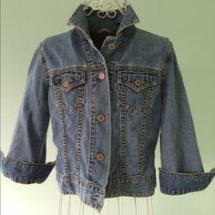 Gap denim jacket Gap light weight, 3/4 sleeve, denim jacket.Perfect for spring! GAP Jackets & Coats Jean Jackets