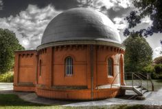 Observatoire de Jolimont - Toulouse Ville Rose, Toulouse France, Rugby, Cabin, Culture, House Styles, City, Photos, Astronomy