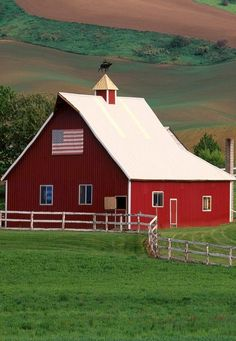 Palouse Farm Country Eastern Washington - Farms Buildings And Landmarks Wallpaper Image I want this barn Country Barns, Country Living, Country Style, Country Roads, Country Charm, Country Music, Cabana, Formation Photoshop, Porches