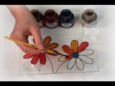 DVD – Techniques de Faux vitrail 1 – www. Mandala Painting, Stone Painting, Diy Painting, Pebeo Vitrail, Restaurant Game, Pebeo Paint, Stained Glass Paint, Easter Art, Alcohol Ink Art