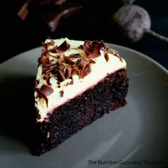 Chocolate Beetroot Cake – Gluten Free Five years ago, I came across a strange combination at an organic cafe that caught my eye. It was a Beetroot and Chocolate cake. I was intrigued and had … Gluten Free Cakes, Gluten Free Baking, Gluten Free Desserts, Dessert Recipes, Cookie Recipes, Patisserie Sans Gluten, Dessert Sans Gluten, Beetroot Chocolate Cake, Healthy Chocolate