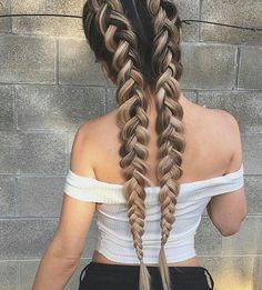 Updo Hairstyle Riding the braid wave? With these step-by-step instructions, you'll nail down 15 gorgeous braid styles in no time - Riding the braid wave? With these step-by-step instructions, you'll nail down 15 gorgeous braid styles in no time Daily Hairstyles, Box Braids Hairstyles, Pretty Hairstyles, Hairstyle Ideas, Hairstyles 2018, Hair Updo, Summer Hairstyles, Hair Ideas, Hairstyle Braid