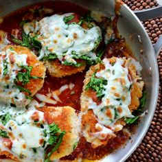 20 Minute Skillet Chicken and Spinach Parmesan. Dinner on the table, FAST!