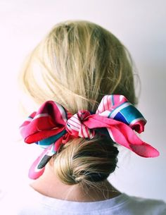 Bookmark this for easy, 5-minute hairdo ideas that will transform your morning routine, like this scarf wrapped low bun hairstyle.