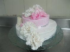 oramental cake for engagement