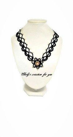 Collier noir en frivolité, dentelle,frivolité,bijou en frivolité,tatting necklace,women gift,mousqueton métal noir, fabriqué en france