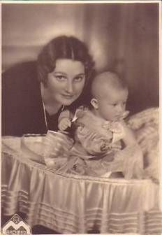 Queen Astrid with her son Albert (future King of Belgium)