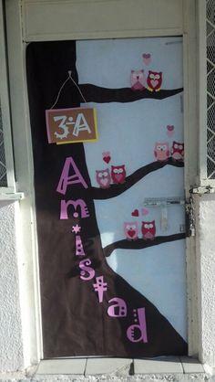 Colecci n con m s de 50 ideas peri dico mural y for Decoracion de puertas de san valentin