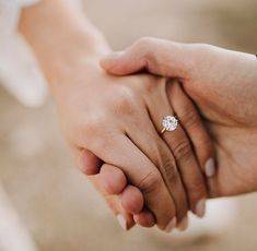 WOW round engagement rings are really stunning Pic# 9460 Perfect Wedding, Dream Wedding, Wedding Day, Wedding Prep, Fantasy Wedding, Wedding Rings Solitaire, Diamond Engagement Rings, Bridal Rings, Diamond Rings