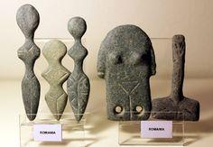 schematic figurines