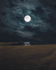 essence-of-nature: rasmuslammervo Finland - Lights and Shadows Full Moon Photos, Moon Pictures, Beautiful Moon, Beautiful Places, Shadow Photos, Photo Room, Moon Shadow, Shoot The Moon, Romance
