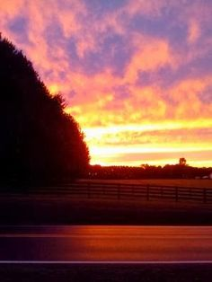 POURING OUT : I chased the sunset - this is a personal post. But the majesty of God needs to be shared.